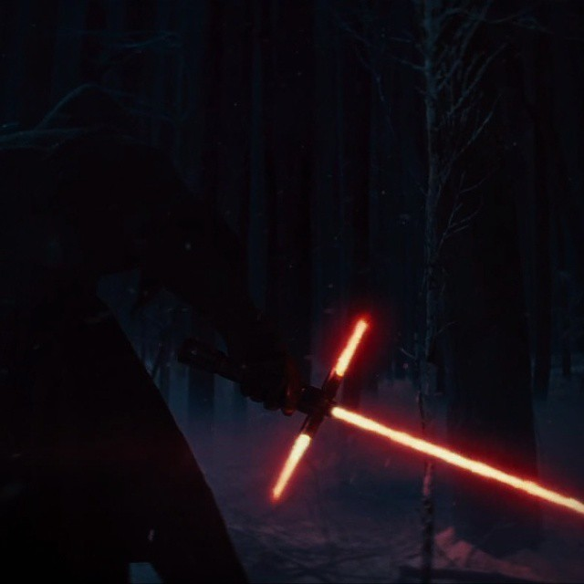 I am in the camp that likes the controversial lightsaber #starwars #starwarstheforceawakens #lightsaber #sith