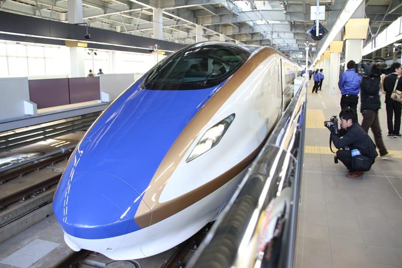Hokuriku-Shinkansen-Tokyo-Kanazawa