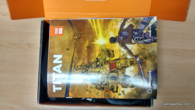 loot-crate-march-2014-titan-10