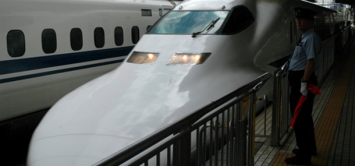 shinkansen-bullet-train-japan-9