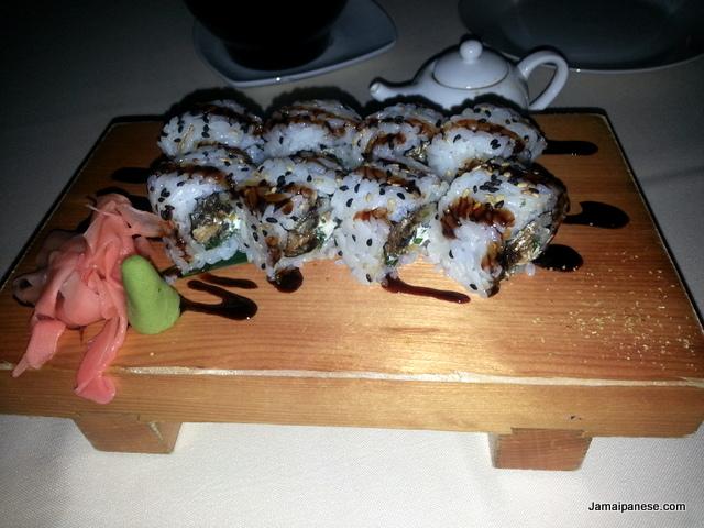 sushi-roll-cocoro-japanese-restaurant