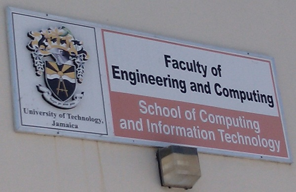 utech-scit-faculty-sign